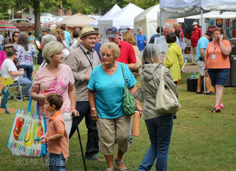 2015_9-26_the_artist_market_at_the_river_clay_fine_arts_festival_274__1