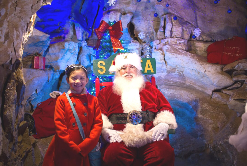 visiting Santa at Rickwood Caverns